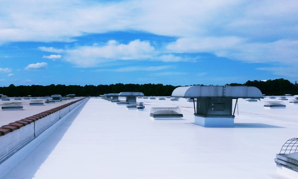 Commercial Roofing Contractor Commercial Building in Kansas City Above All Construction 601 Avenida Cesar E Chavez Unit 244 Kansas City, MO 64108 (913) 298-6603 http://www.aboveallkc.com https://www.facebook.com/AboveAllConstructionLLC/