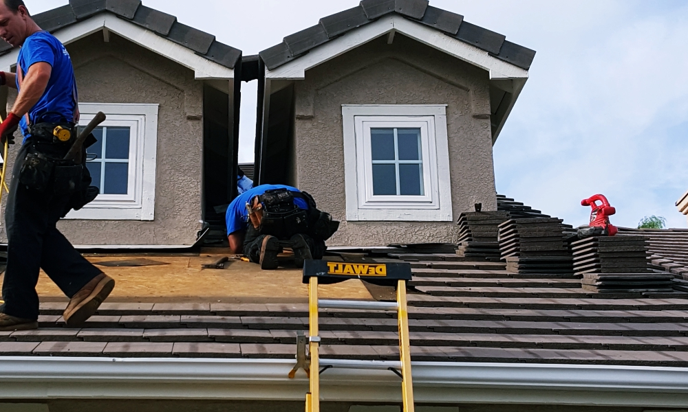 Residential Roof Repair Contractor in Kansas City Above All Construction 601 Avenida Cesar E Chavez Unit 244 Kansas City, MO 64108 (913) 298-6603 https://www.aboveallkc.com https://www.facebook.com/AboveAllConstructionLLC/